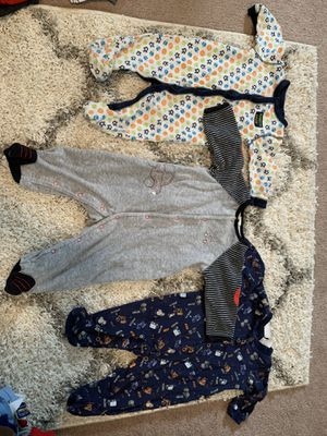 6 month baby clothes for Sale in Davenport, IA