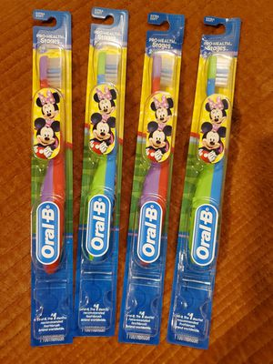 4 pack Oral B Micky & Minnie Mouse Soft Toothbrushes Ages 2-4 soft Bristle for Sale in Orlando, FL