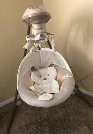 Fisher-Price Sweet Snugapuppy Cradle 'n Swing for Sale in Chandler, AZ