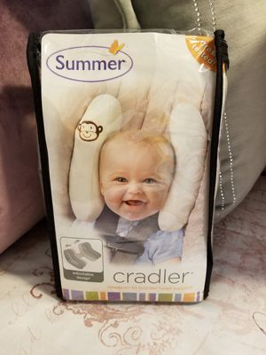 Infant cradler car seat head support for Sale in Poulsbo, WA