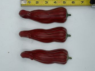 Hot Pepper Key Racks Red Chili Peppers 3 Total for Sale in Wayne,  PA