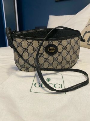 Pre-Owned Authentic Gucci Shoulder Bag for Sale in Henderson, NV