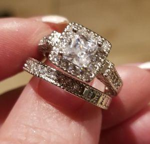 Princess cut wedding set... size 5 for Sale in Riverside, CA