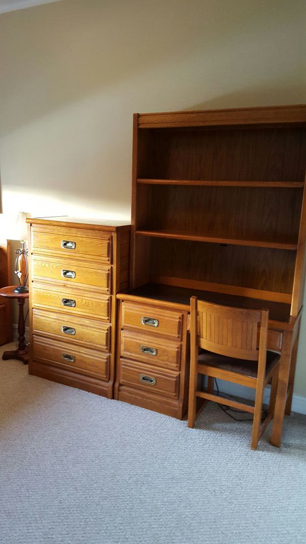 . Outrigger Young Hinkle Bedroom Set for Sale in Coral Springs  FL   OfferUp