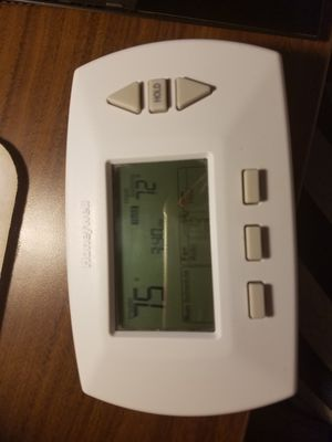Honeywell thermostat for Sale in Austin, TX
