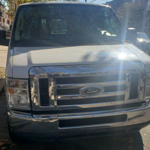 2011 Ford E-350 Passenger Van for Sale in Brooklyn, NY