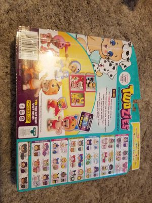 Twozies and shopkins mini toys dolls for Sale in Garland, TX