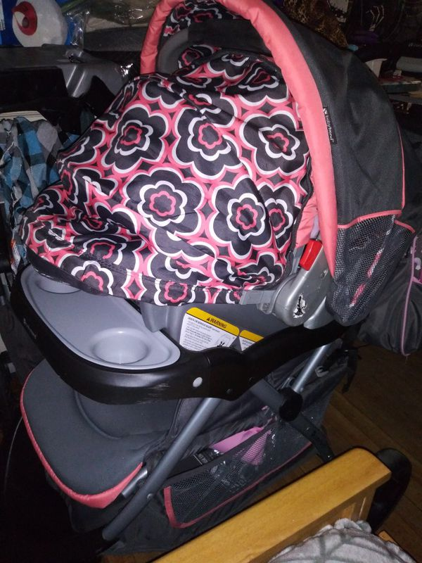 Baby Trend Stroller With Carseat