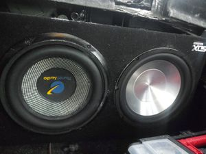 Two 10 inch Subwoofer with 500 Watt RMS amplifier for Sale in Everett, WA