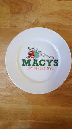 Macy's Holiday Salad Plates 7 pcs. for Sale in Charlotte, NC