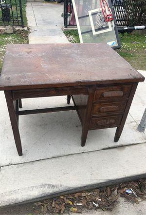 Free desk for Sale in Stockton, CA