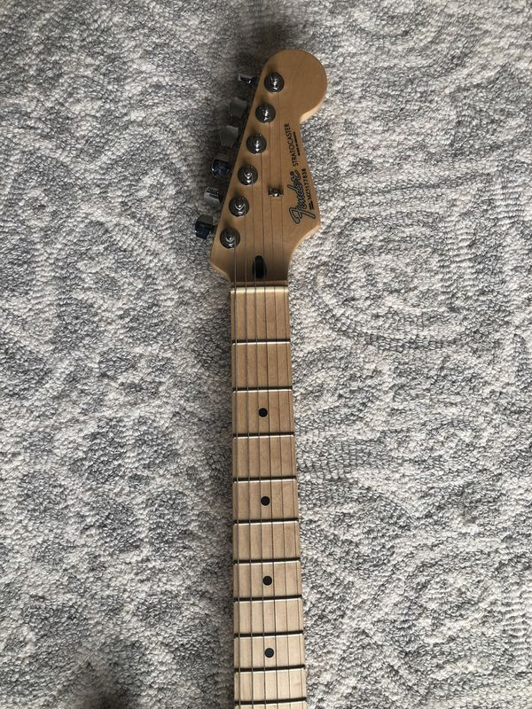 Fender Stratocaster Electric Guitar Special Edition