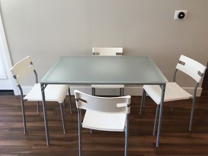 Ikea dining table and chair set 😌(lake oswego) for Sale in Lake Grove, OR