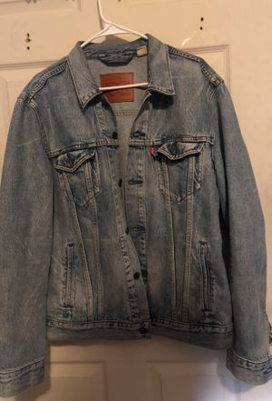 Levi jean jacket size L for Sale in Boston, MA