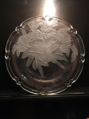 """HIGHLY COLLECTABLE!!! Clear glass 13"""" Christmas Platter w/frosted bell design. Makers Mark: KIG, mfg in Malaysia. FLAWLESS CONDITION. Surrounded for Sale in Tempe, AZ"""