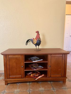 Tv stand- console cabinet - Mesa para television for Sale in Homestead, FL