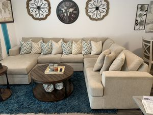 3- Piece Sectional for Sale in Los Angeles, CA