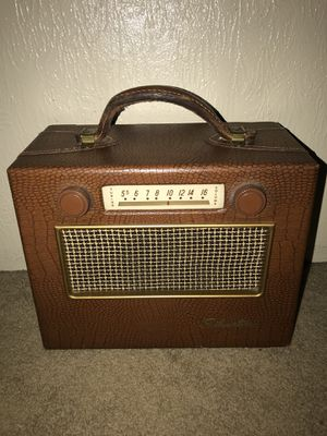 1950 Sears Silvertone portable am radio works great for Sale in Fircrest, WA