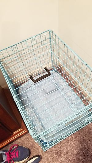 Blue dog crate for Sale in MIDDLEBRG HTS, OH