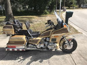 1985 Honda Goldwing 1200 Limited Edition motorcycle 2800 obo for Sale in Tampa, FL