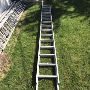 Werner 32ft Ladder for Sale in Columbus, OH