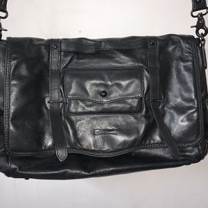 BEN MINKOFF Black Leather Flap Pockets Closure Nikki Messenger Bag for Sale in Miami, FL