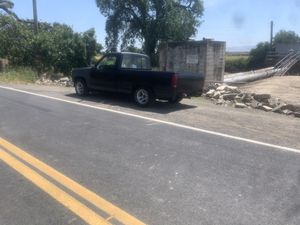 1988 Chevy c1500 for Sale in Tracy, CA