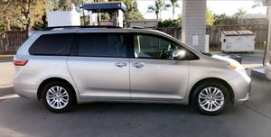 2015 Toyota Sienna XLE Limited $14,800 for Sale in National City, CA