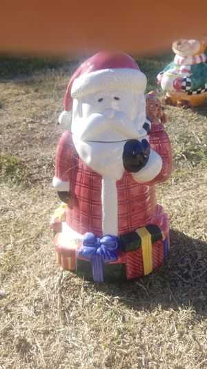 Christmas cookie jar. for Sale in Sacramento, CA