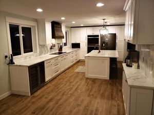 Kitchen Cabinets Overstock Sale In-Stock Ready For Pick Up for Sale in Kent, WA