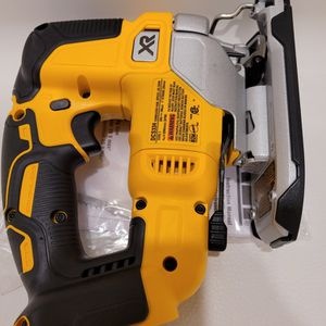 20-Volt MAX XR Lithium-Ion Cordless Brushless Jigsaw (Tool-Only) for Sale in Sacramento, CA