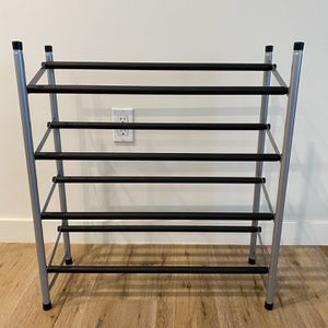 4 Tier, Extendable Shoe Rack for Sale in Glendale, CA