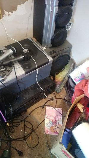 Memorex kareoke machine for Sale in Canton, MI