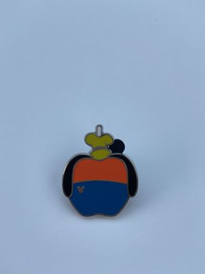 Goofy candy apple Disney pin for Sale in Riverview, FL