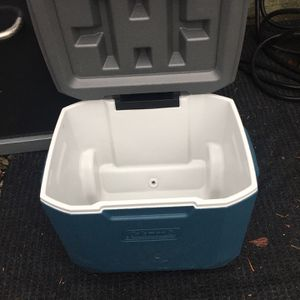 Large Coleman Cooler for Sale in Seattle, WA