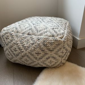 Knitted Pouf for Sale in Brooklyn, NY