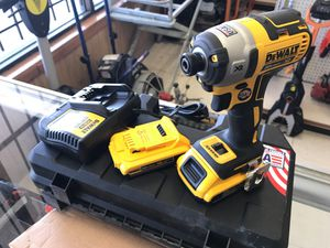 "Like brand new CF887D2 20V MAX* XR® 1/4"" 3-SPEED IMPACT DRIVER KIT (2.0AH) for Sale in Austin, TX"