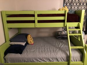 Twins Bunk Bed for Sale in Lincoln Acres, CA