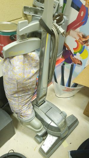 Kirby Ultimate G vacuum and accessories for Sale in Manassas, VA