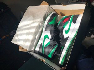 Air Jordan 1 Mid Black/Pine green for Sale in Lithonia, GA