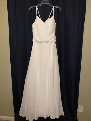 Beautiful wedding dress. Never worn. for Sale in Clayton, NC