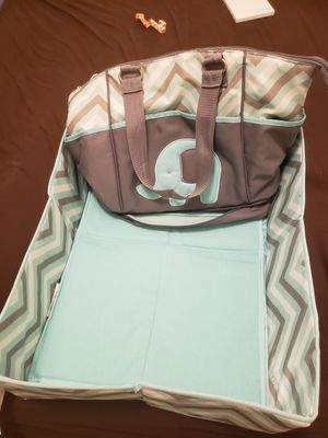 AD. Sutton and Sons Big Diaperbag for Sale in Brooklyn, NY