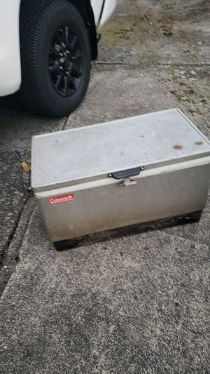 Free coleman cooler for Sale in Kent, WA