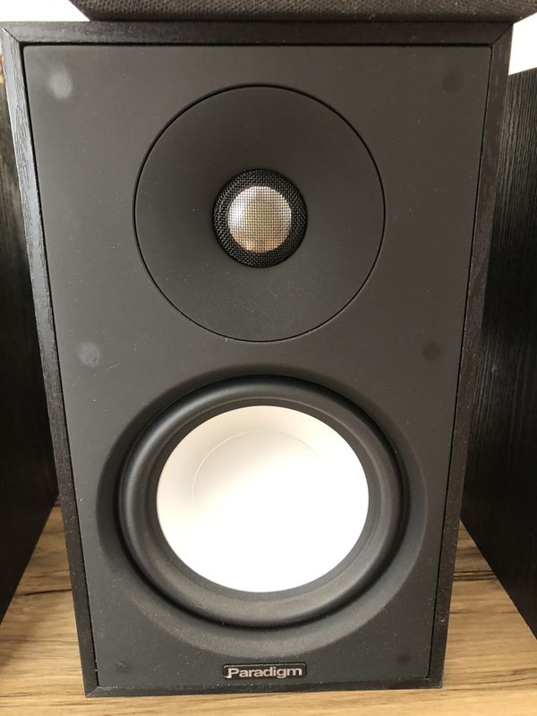 Paradigm Atom S.7 bookshelf speakers