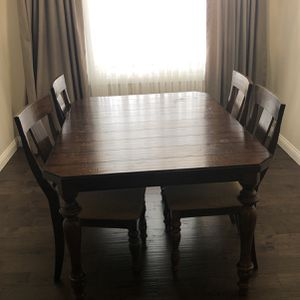 Dining Table With 5 Chairs for Sale in Palatine, IL