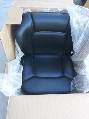 Forklift seat new for Sale in Fresno, CA