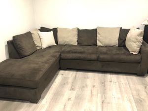 Sectional Couch in great condition! for Sale in Los Angeles, CA