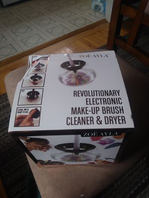 Zoe ayla makeup brush cleaner and dryer for Sale in Havertown, PA