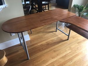 Meta and wood corner Desk for Sale in Fayetteville, GA