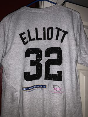 Sean Elliot retirement shirt for Sale in San Antonio, TX